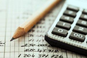 finances-calc-pencil-gettyimages-502733644_01
